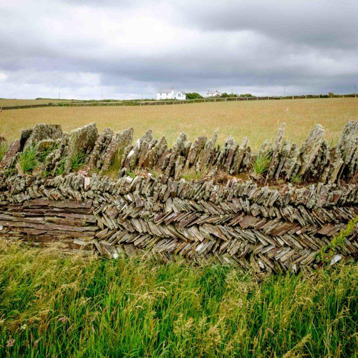 Cool dry-stone walls at Tintagel