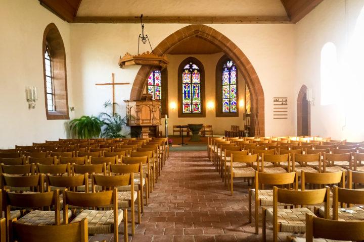 Kirche Mühleberg, Switzerland