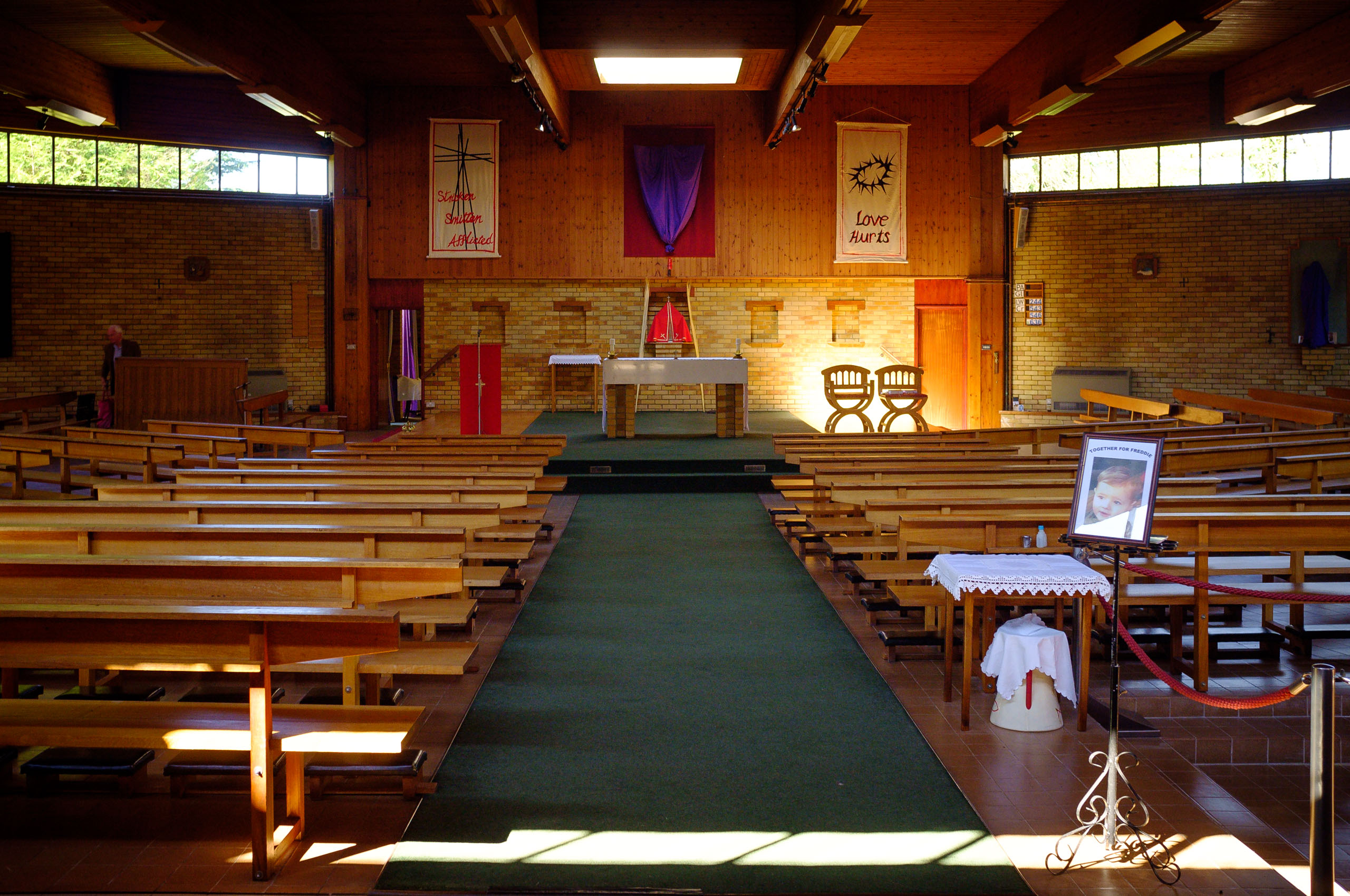 St. Swithun, Yateley