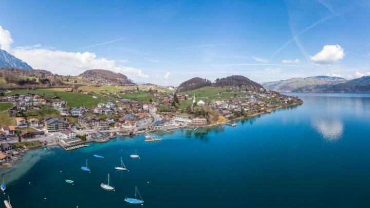 Faulensee photographed by a Mavic Air drone in 180° camera mode