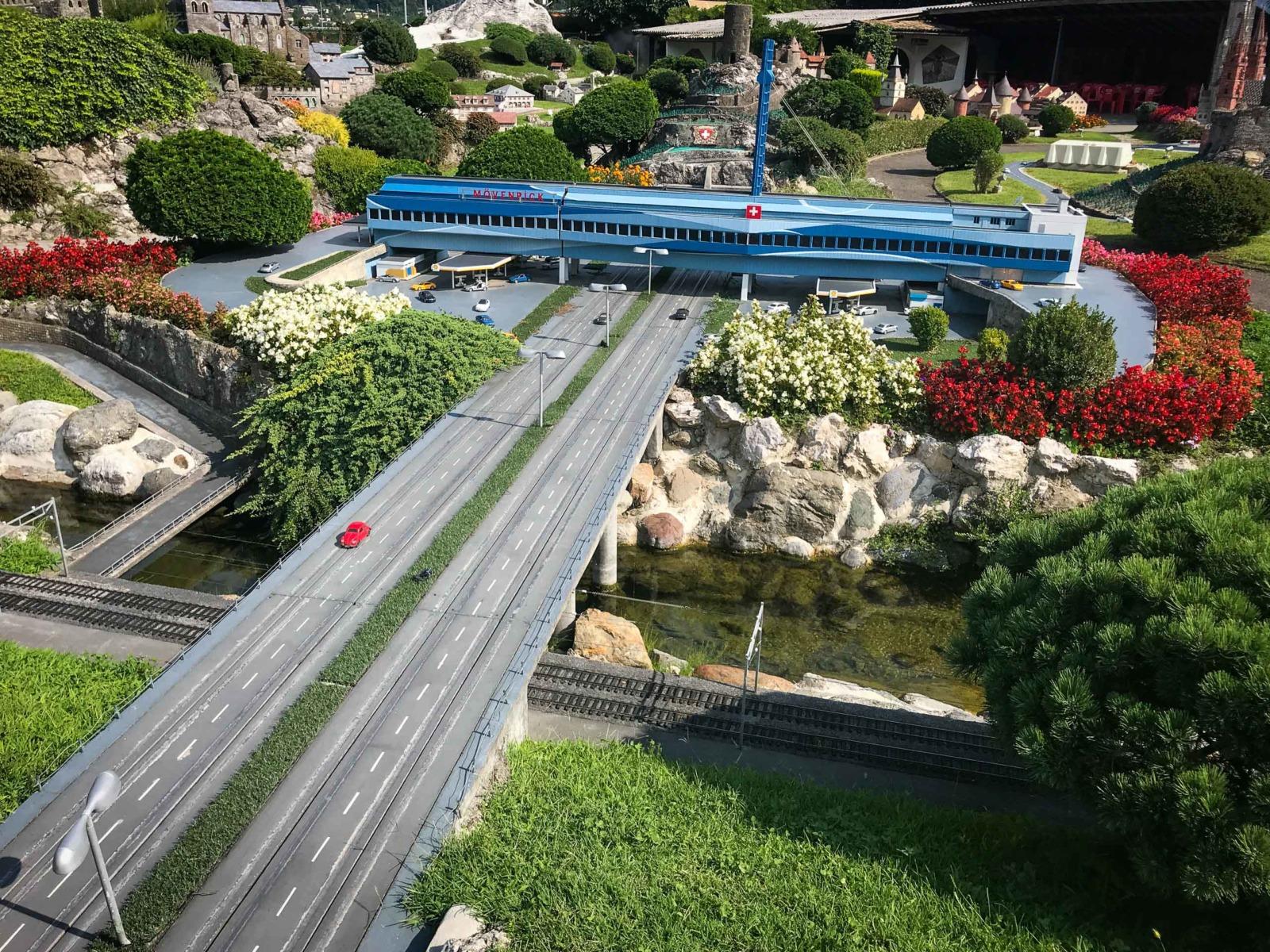 Model of Würenlos motorway services