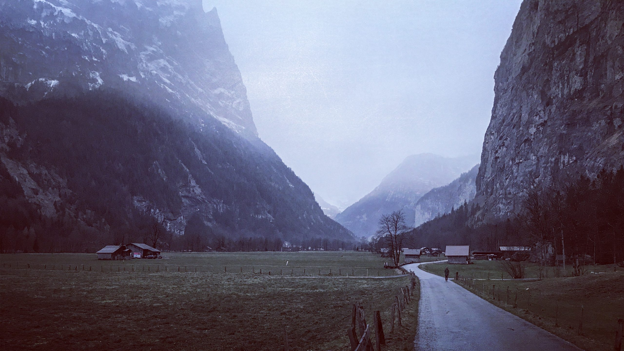Murky weather in the Lauterbrunnen Valley