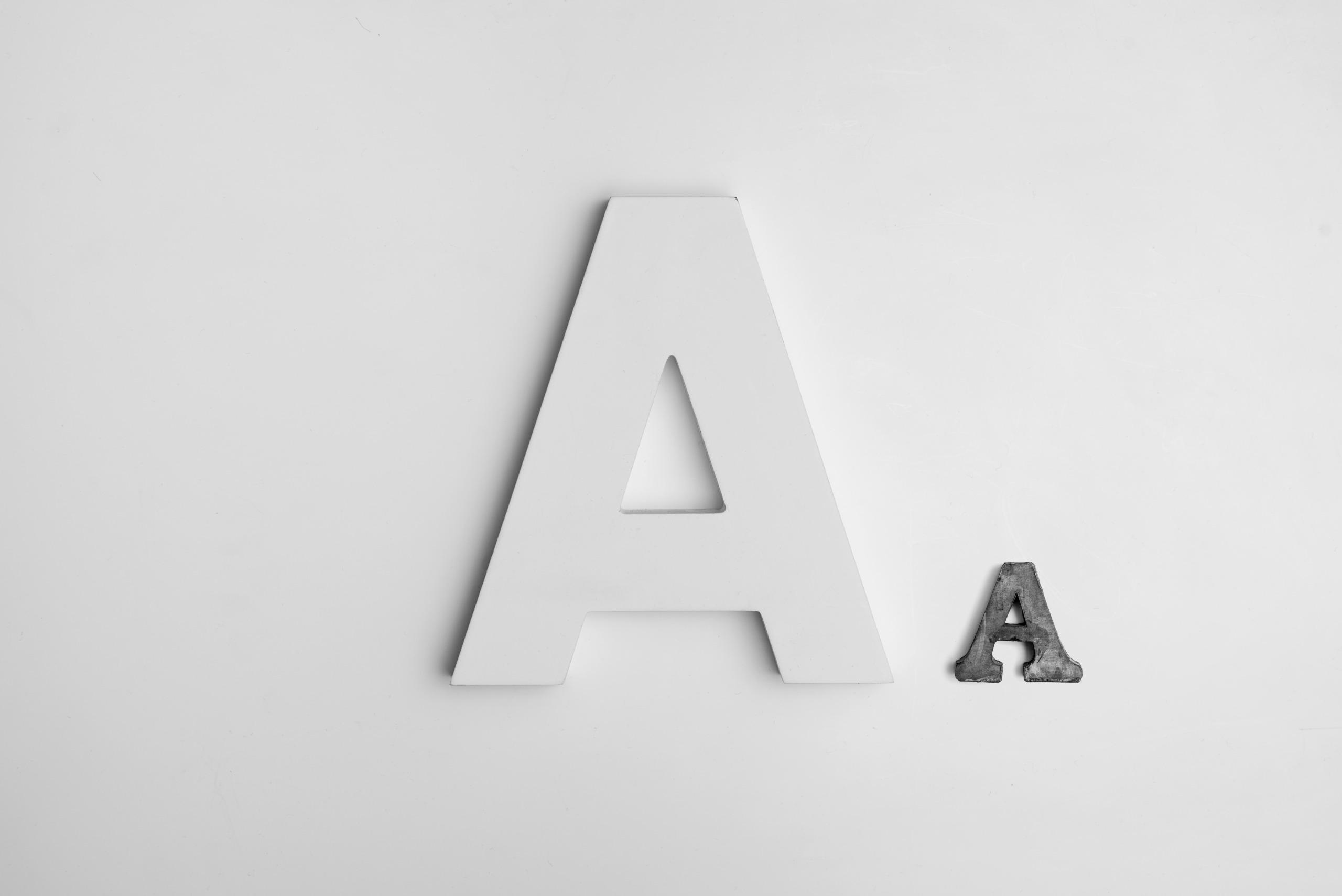 Letter size comparison by Alexander Andrews @ Unsplash