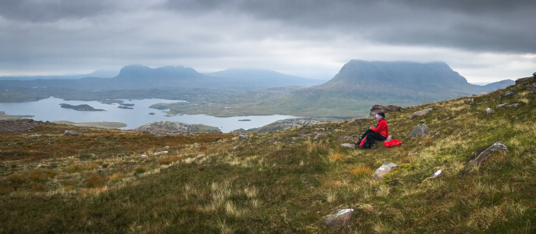 Pause on the hike at Stac Pollaidh