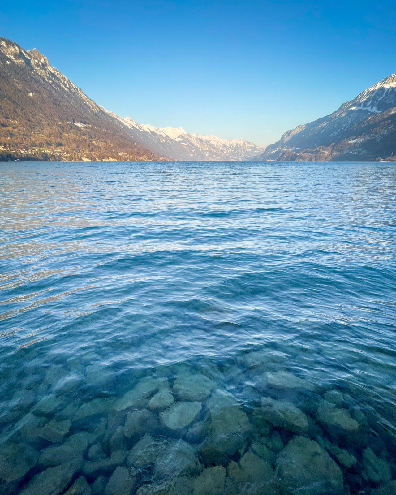 Winter lake at Bönigen
