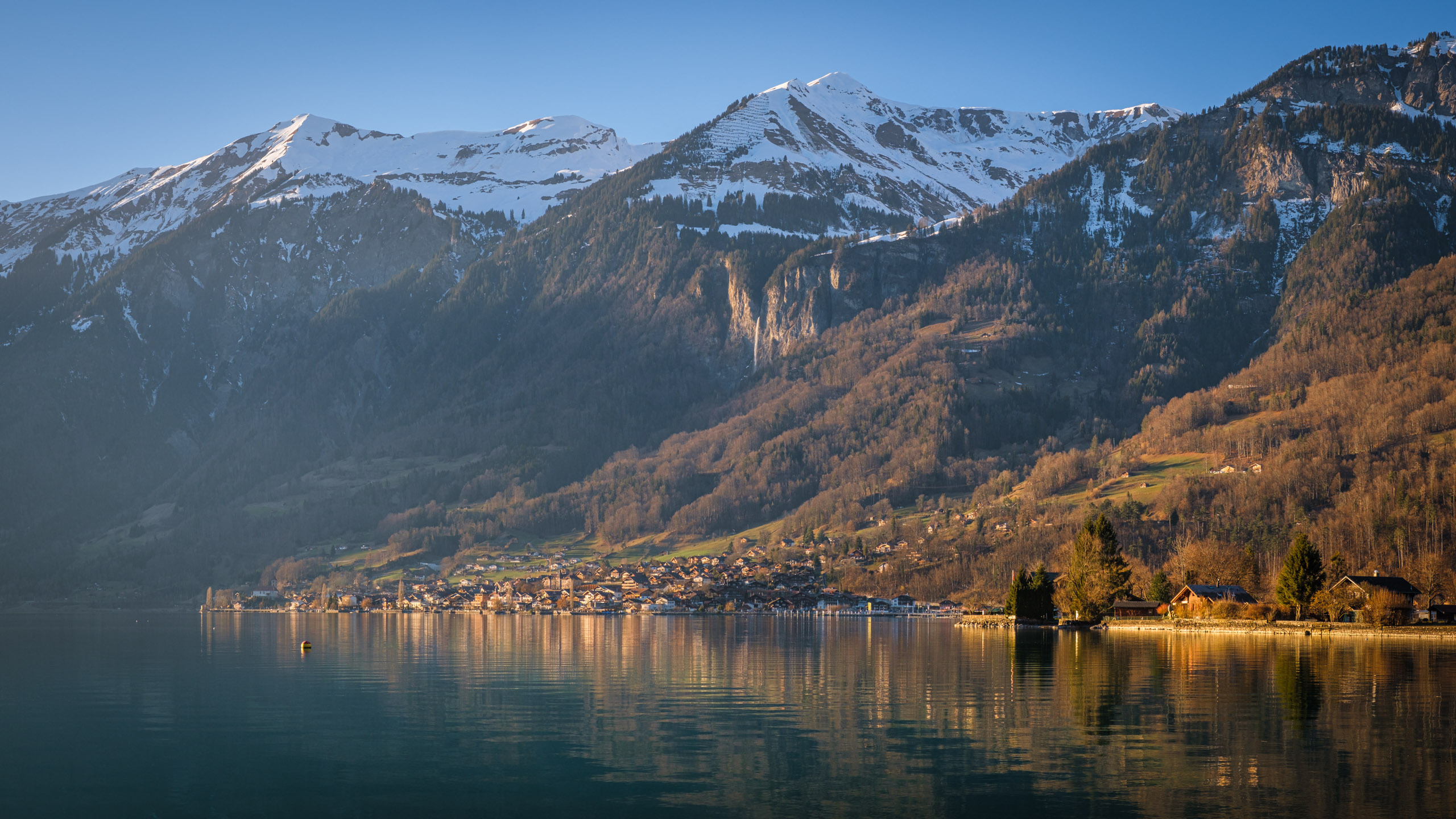 Winter sunset in Brienz